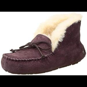 Ugg dark brown Alena slipper bootie